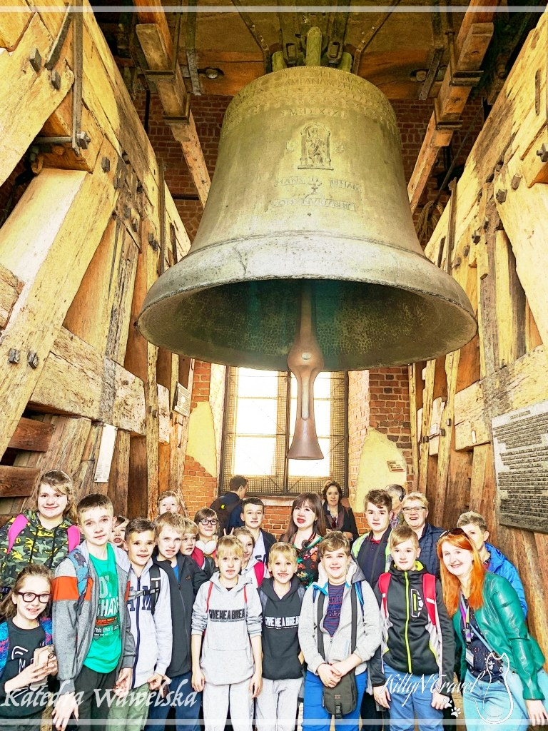 瓦維爾主座教堂塔頂敲鐘